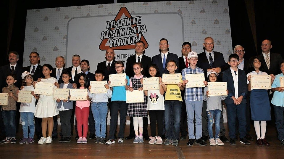 Childrens holding certificate